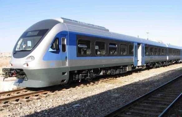 برخورد قطار با خودرو در کرج خبرنگاران